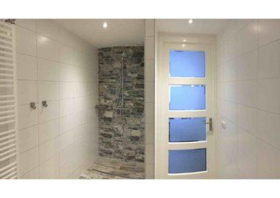 Badkamer met entree groot